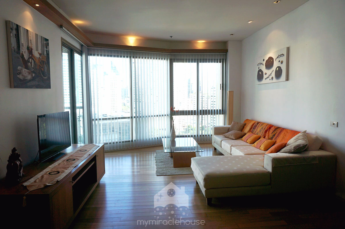 1 Bedroom For Rent/Sale At The Lakes Condominium