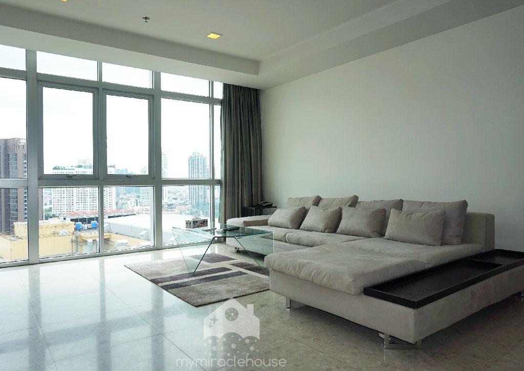 3 Bedroom For Rent In Nusasiri, Ekkamai With Great View