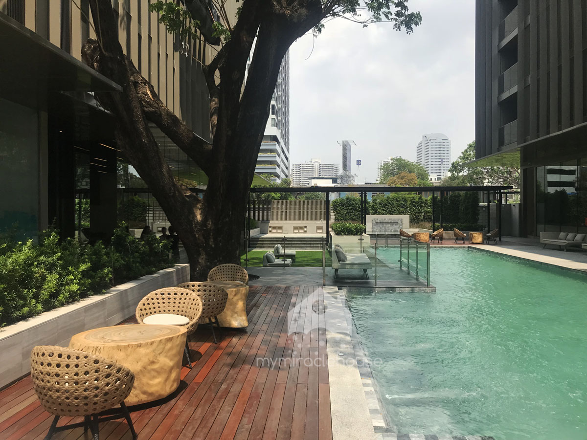 Beautiful brand new apartment for rent in Phrom Phong.