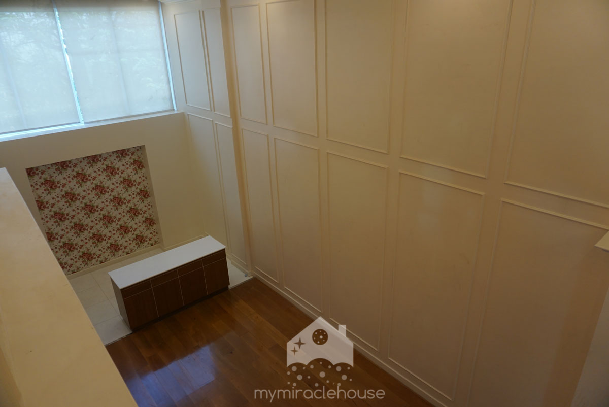 British townhouse for rent in Thong Lo.