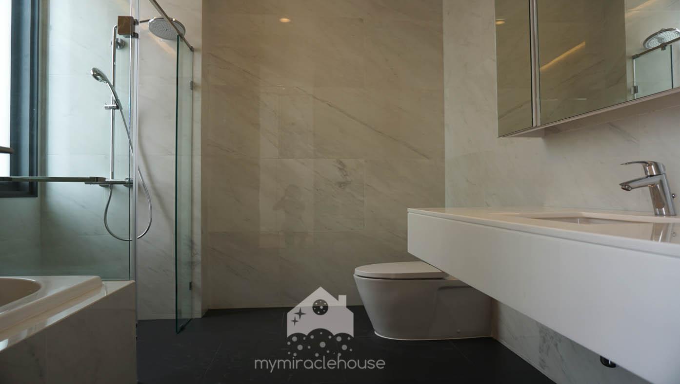 mymiraclehouse42