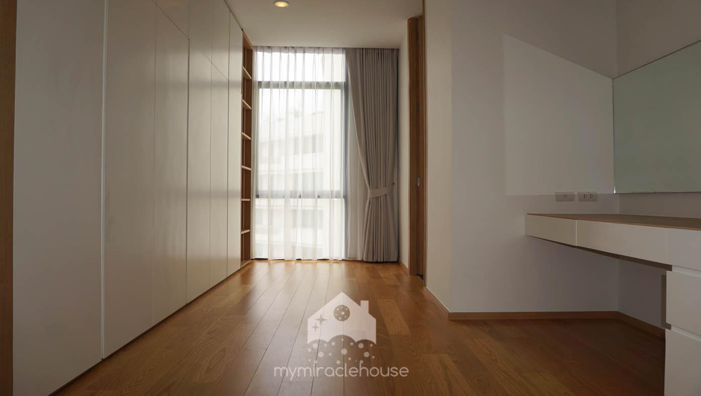 mymiraclehouse44