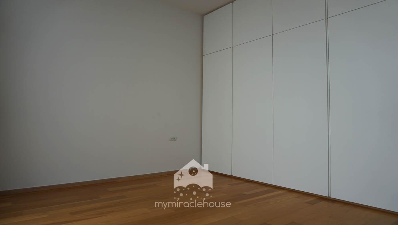 mymiraclehouse62