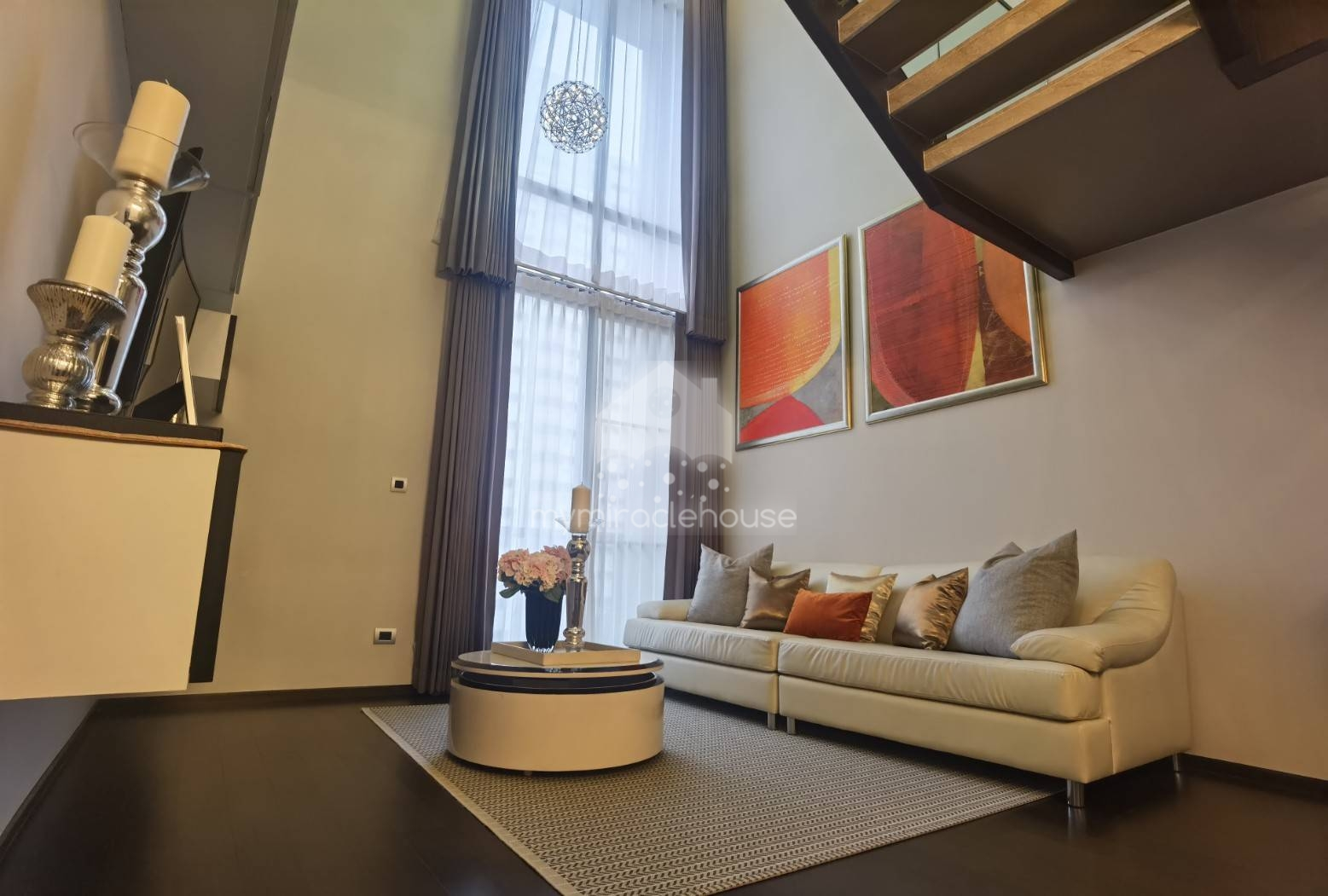 Luxurious duplex 2 bedrooms for rent in Phrom Phong.