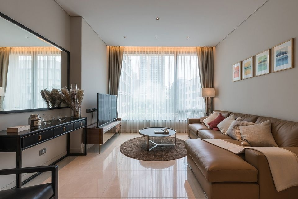 Spacious one bedroom for rent in Sindhorn Residence.